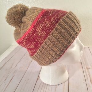Roxy winter warm  knitted beanie pom pom